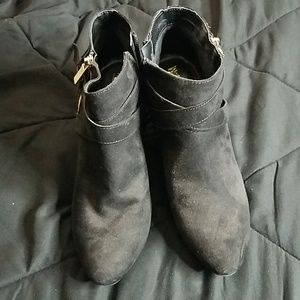 Mossimo ankle  suede boots